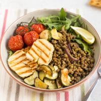 Warm lentil and halloumi salad
