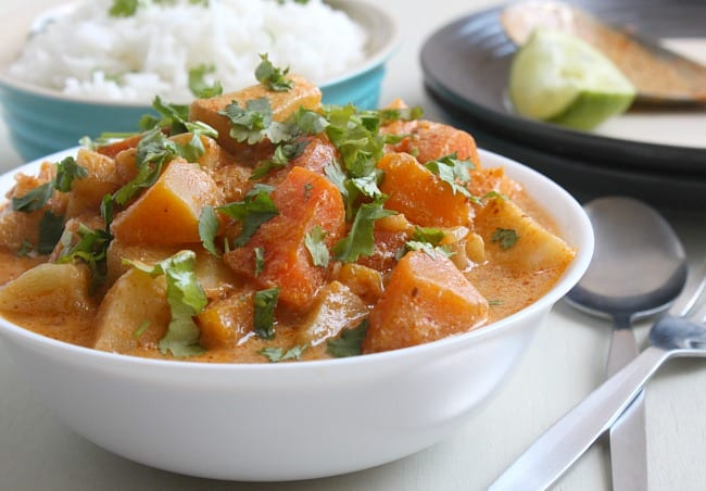 Winter vegetable red Thai curry