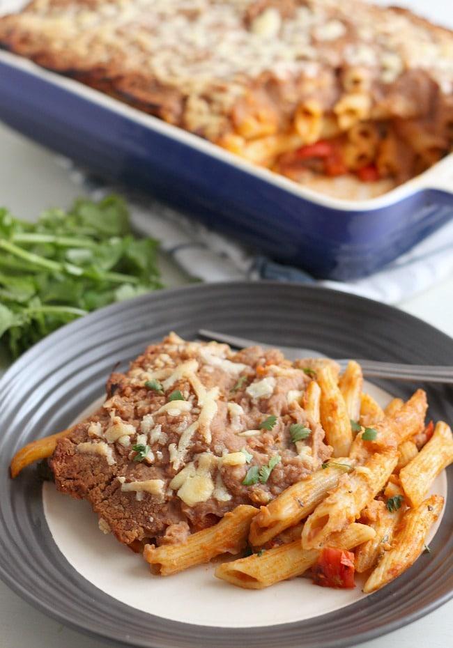 Enchilada pasta bake / amuse-your-bouche.com