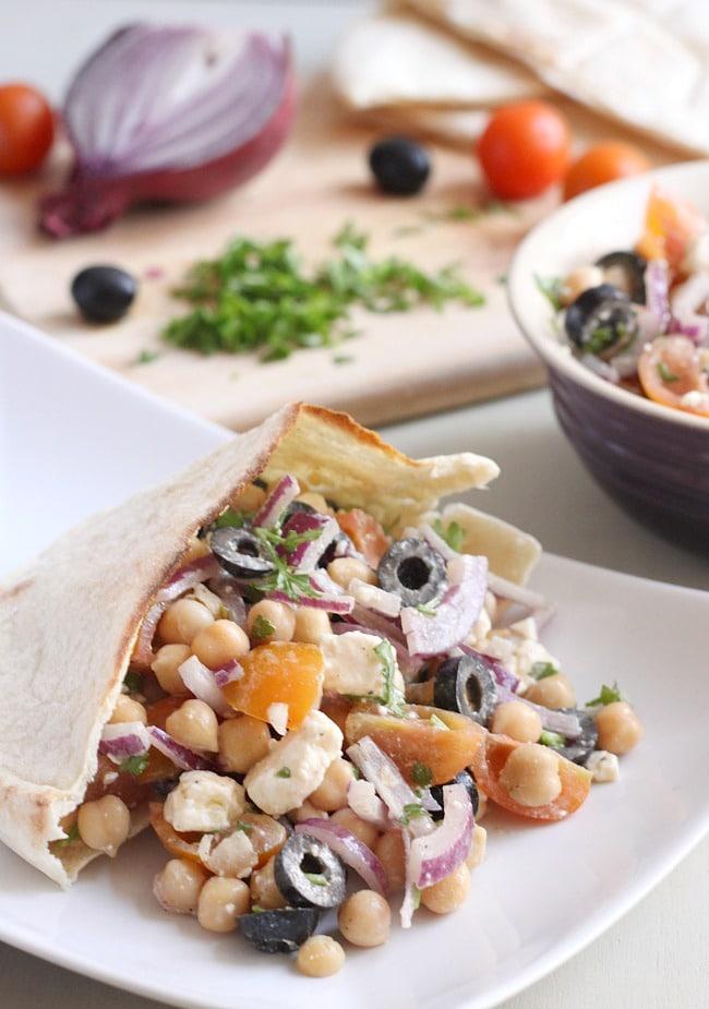 Greek chickpea salad