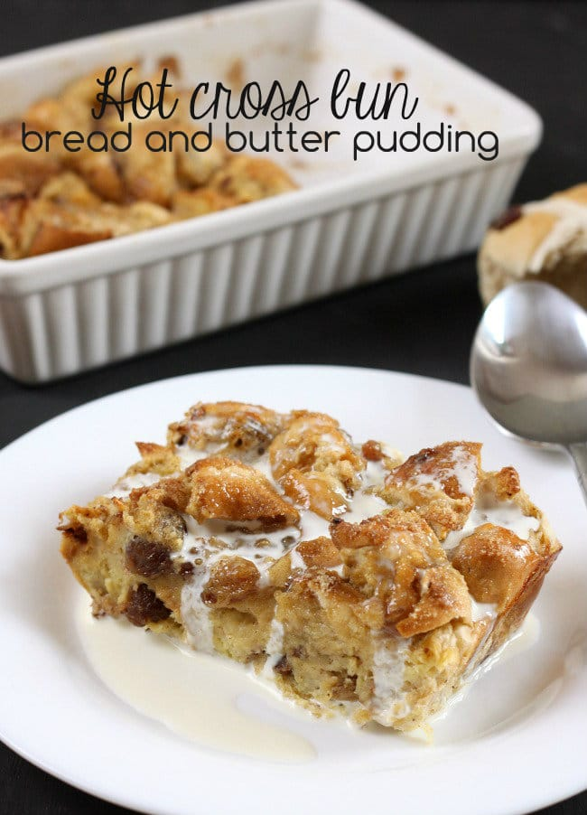 Hot cross bun bread and butter pudding - perfect for your family meal on Easter Sunday! / amuse-your-bouche.com
