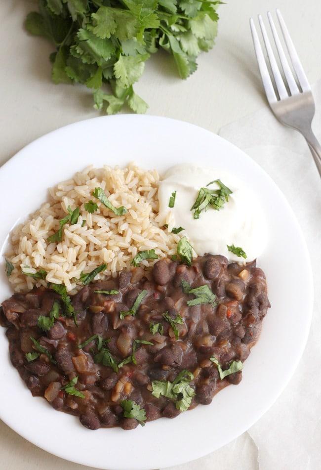 Restaurant-style black beans / amuse-your-bouche.com
