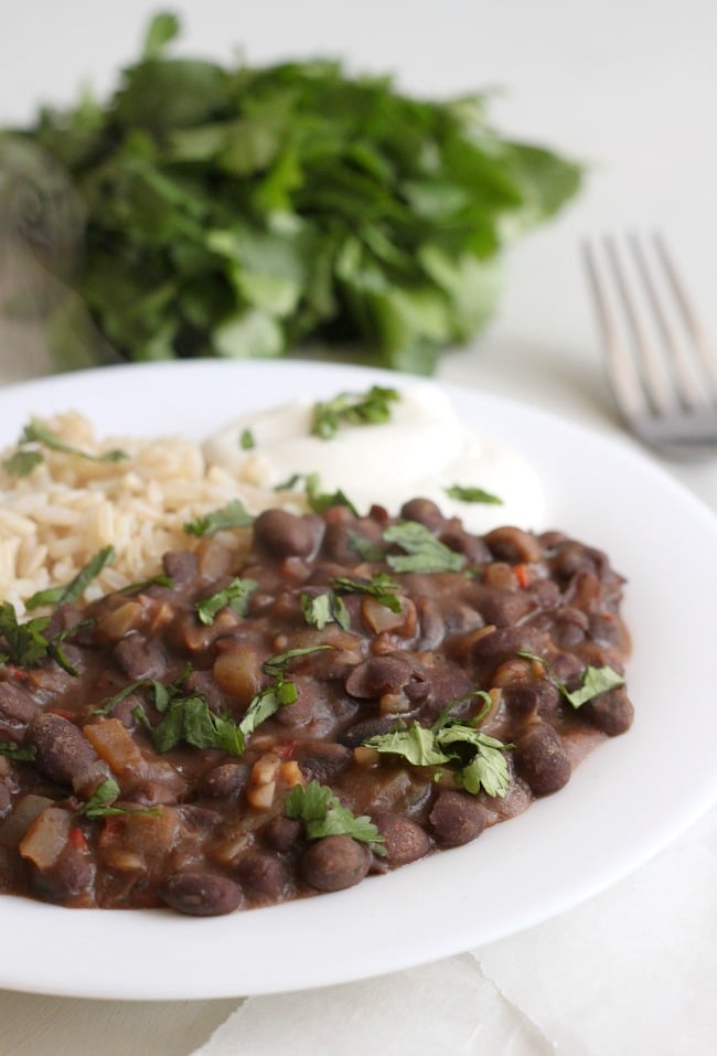 Restaurant-style black beans / amuse-your-bouche.com