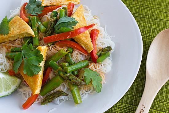 50 vegetarian asparagus recipes / amuse-your-bouche.com