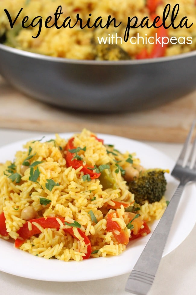 Vegetarian paella with chickpeas - much easier than you'd expect!