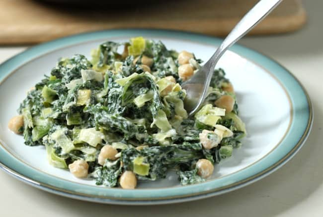 Creamed kale with chickpeas - serve with a slice of garlic bread! YUM.