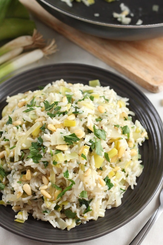 Prasorizo - Greek rice with leeks