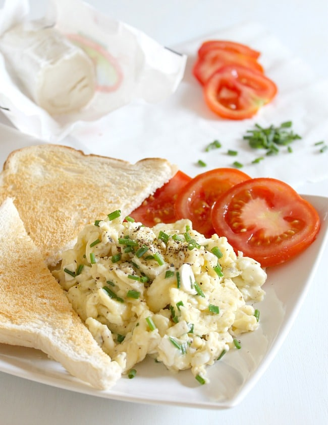 Goat's cheese and chive scrambled eggs