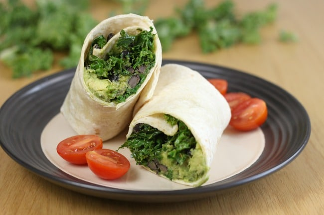 Kale and avocado burritos with black beans - a super quick vegan lunch ...