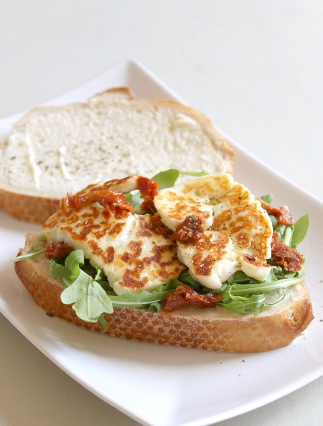 Halloumi, sun-dried tomato and rocket sandwich