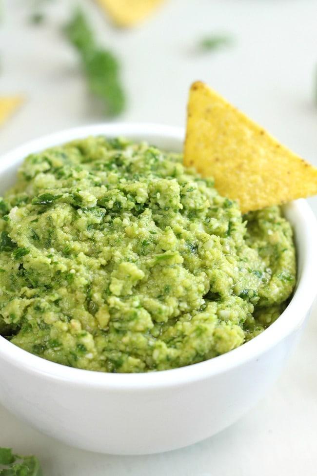 Kale and parmesan hummus - suuuuper flavourful :)