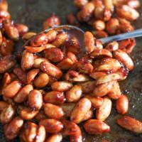 Honey chipotle roasted peanuts