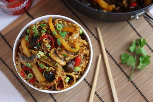 Hoi sin veggie noodles - sticky, sweet, saucy noodles with loads of veggies and a secret ingredient that adds loads of flavour!