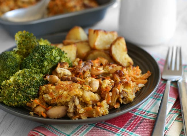 Cheesy carrot nut roast - THE ULTIMATE NUT ROAST! This thing is SO tasty. It makes a perfect vegetarian main course for Christmas dinner!