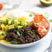 Smoky black bean breakfast bowls