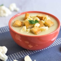 Creamy cauliflower cheese soup
