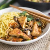 Sticky sweet chilli tofu