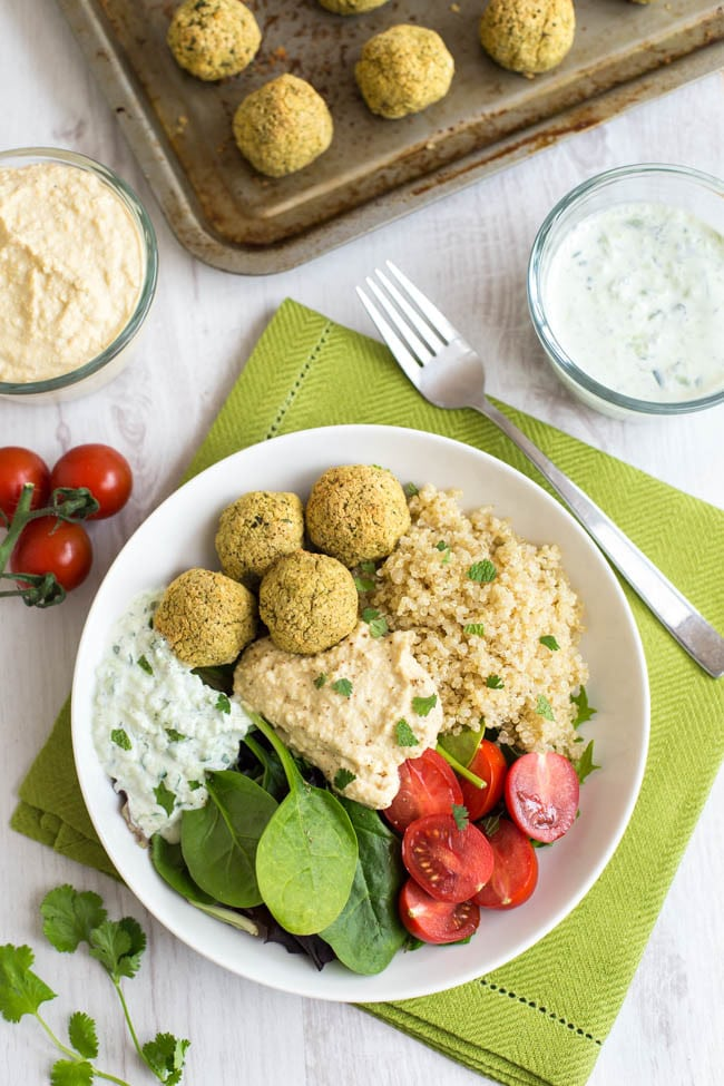 Homemade falafel quinoa bowls - a healthy, gluten-free, vegetarian dinner with homemade falafel, homemade hummus AND homemade tzatziki! Or you can use shop-bought if you prefer ;)