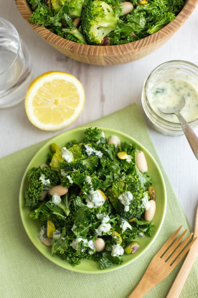 Superfood kale salad - plus loads of other vegetarian lunch ideas!