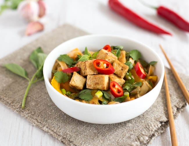 Spicy veggie laksa with crispy tofu-3