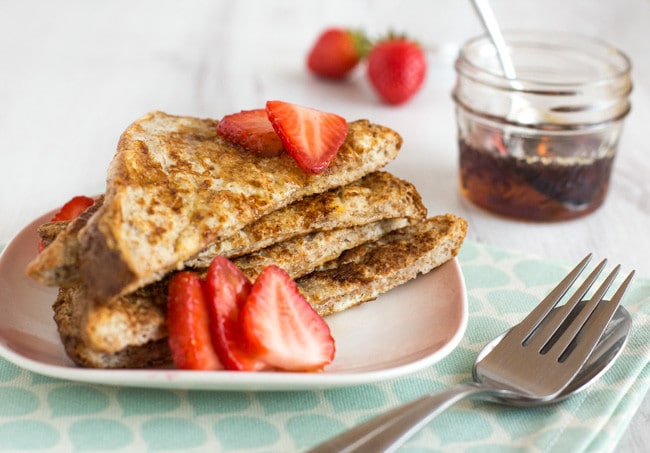 Healthier French toast - just a few simple changes can save you up to 100 calories PER SLICE of French toast, without compromising on flavour! A delicious, healthy breakfast.