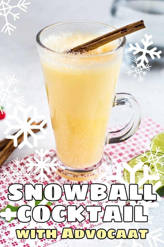 Snowball cocktail with a cinnamon stick