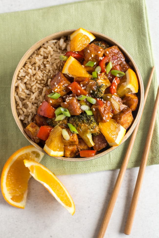 Sweet and spicy orange tofu - the sticky homemade sauce makes the perfect vegan alternative to your favourite Chinese take away!