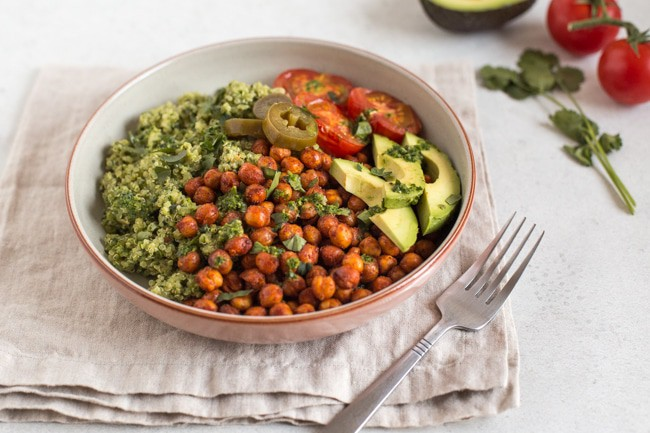 quinoa and roasted chickpea vegan burrito bowls amuse your bouche. Black Bedroom Furniture Sets. Home Design Ideas