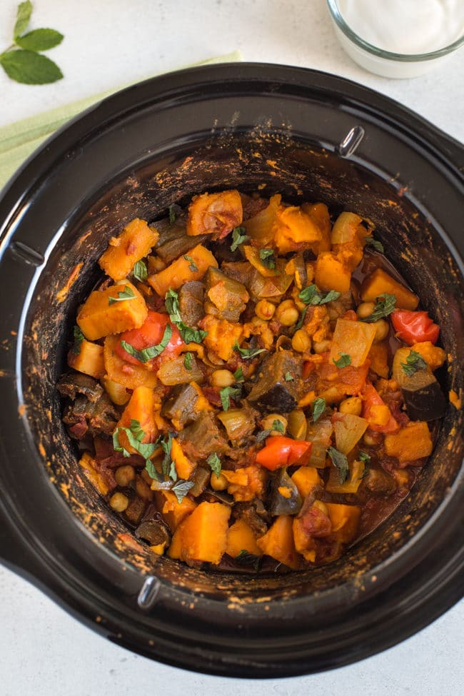Vegetarian tagine in a slow cooker