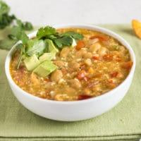 Slow cooker smoky jalapeño and white bean soup