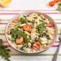 Creamy white beans with goat's cheese
