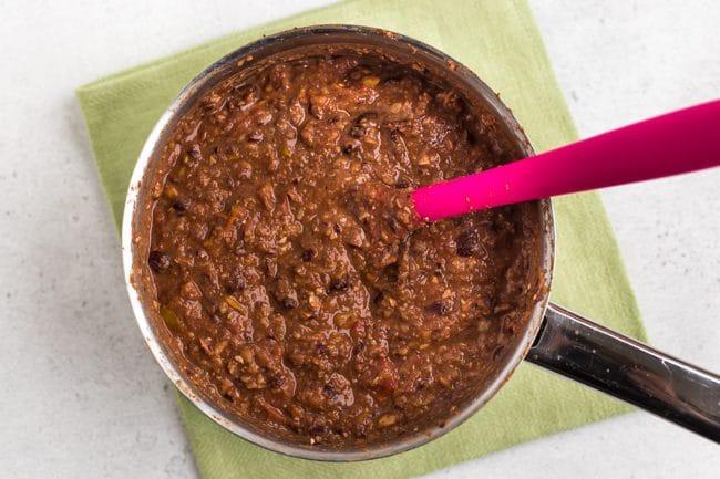 Homemade vegan chilli in a saucepan